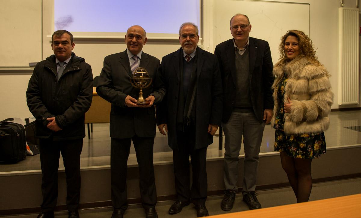 Le maire de Viana do Castelo inaugure la première leçon de la sphère à la Sorbonne