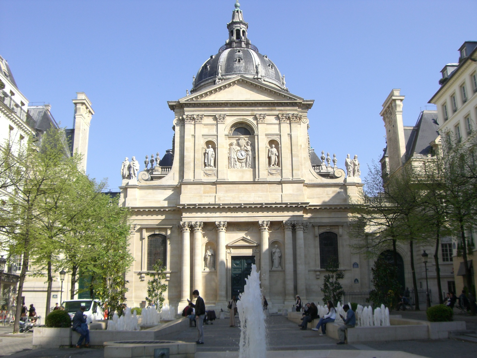 L'écuyer, Carlos Pereira, spécialiste d'éthologie et de linguistique devient Maître de Conférence à la Sorbonne